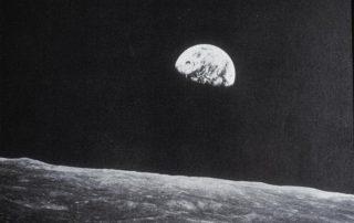 Earth as Seen from the Moon. 1969. http://library.artstor.org.ezproxy.guilford.edu/asset/ARTSTOR_103_41822001625589. Web. 13 Jun 2018.